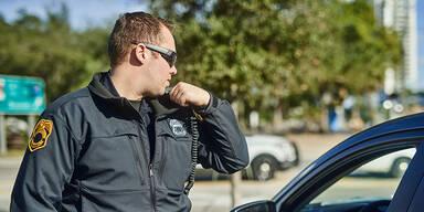 Polizist Sonnenbrille