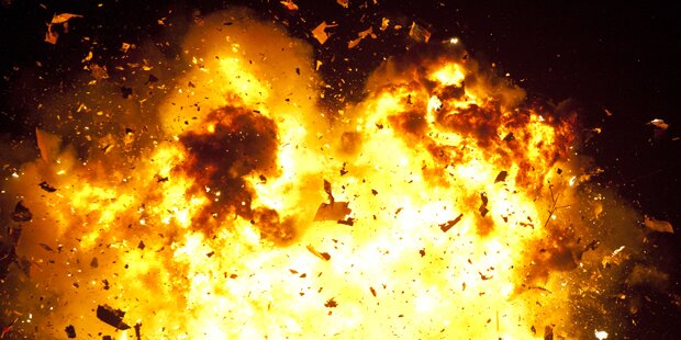 Staubexplosion mit 15 Meter hoher Stichflamme in Tiroler Betrieb