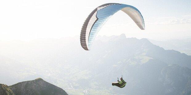 Paragleiter-Flugschülerin blieb in Kärnten in Stromleitung hängen