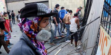 Unruhen in Caracas Venezuela