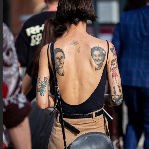 Dezente tattoo für frauen