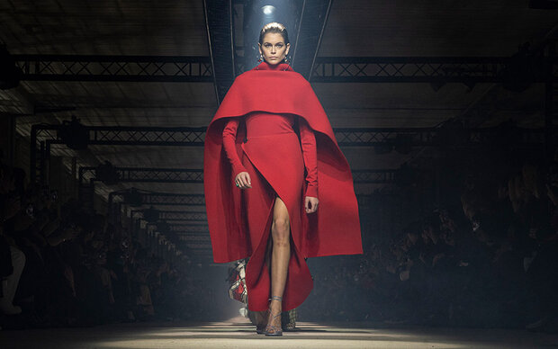 Fashion Week: Powerlook bei Givenchy