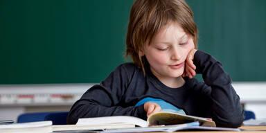 Lesen Junge Schule Analphabet