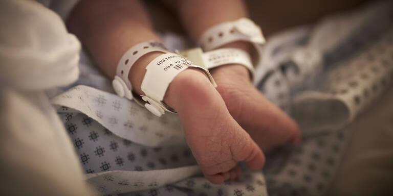 61-Jährige brachte eigene Enkelin zur Welt