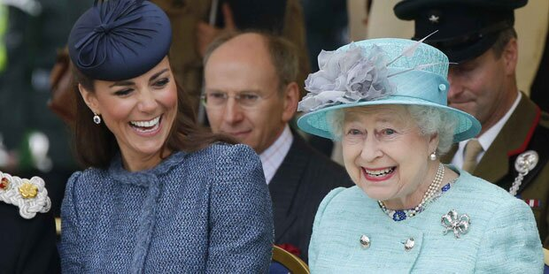 Die Queen soll Kate fast 600 Millionen vererben