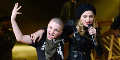 Sohn beschimpft Madonna als Hure