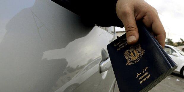 Flüchtlinge: Passkontrollen an Grenze zu Schweden