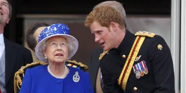Prinz Harry & Queen Elizabeth