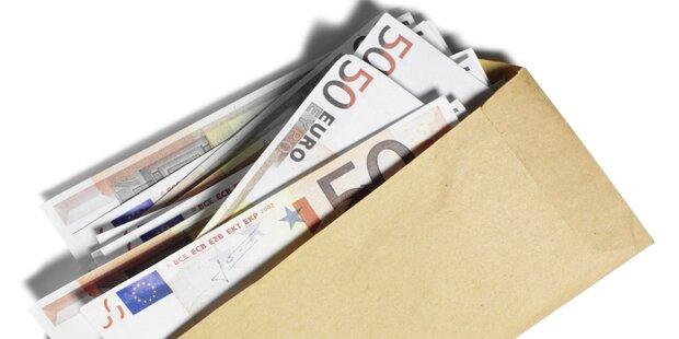 Pensionist fand Kuvert mit mehreren tausend Euro