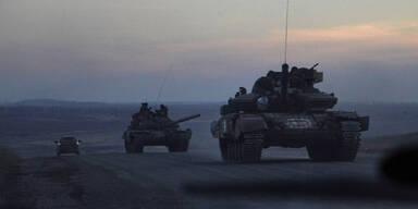 Ukraine: Lässt Putin schon die Panzer rollen?