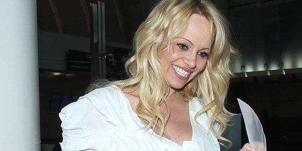 Pamela Anderson ist jetzt Gräfin