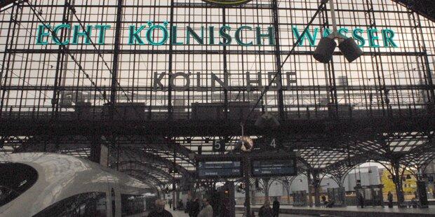 Bombenalarm: Kölner Hauptbahnhof evakuiert