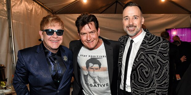 Charlie Sheen mischt Eltons Party auf