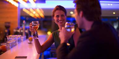 Bar Flirt