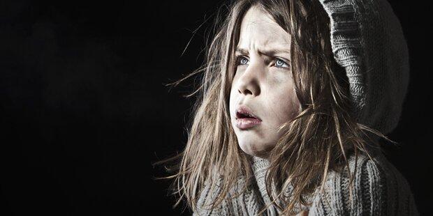 Kleines Mädchen flüchtete vor betrunkener Mutter
