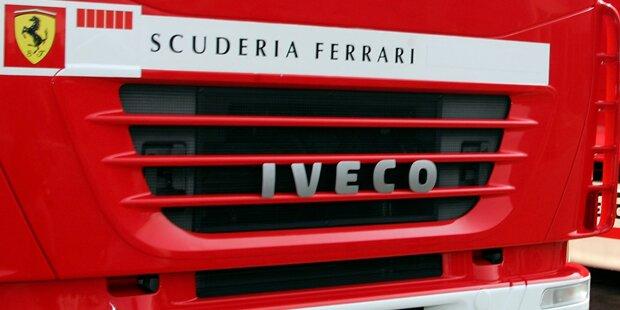 Zwei Flüchtlinge im Ferrari-Lkw von Polizei erwischt