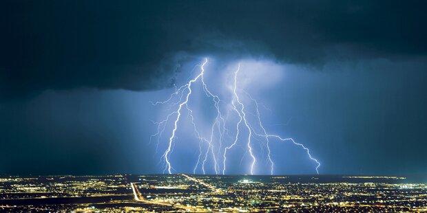 59 Menschen von Blitzen erschlagen