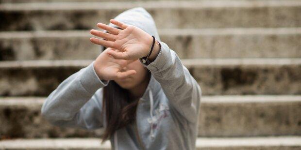 Flüchtlinge retten Frau vor Vergewaltigung