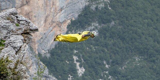 Drama! Base-Jumper springt in den Dolomiten in den Tod