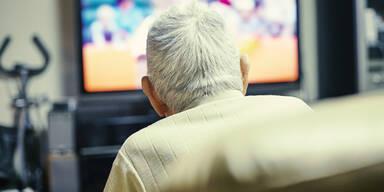 Opa Großvater Pensionist alter Mann