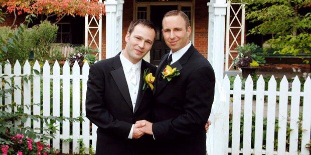 Umfrage: 74 % für Homo-Ehe