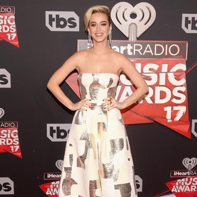 Katy Perry in neuem Look