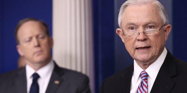 US-Minister droht Städten mit illegalen Einwanderern