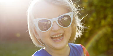 Kind Sonne Brille
