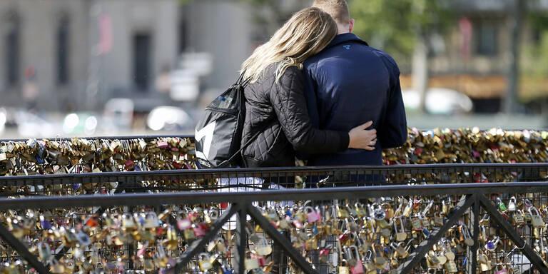 Die Retter der Liebesschlösser von Paris