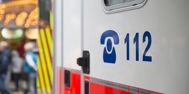 Fünf Verletzte durch unbekannte Flüssigkeit bei Nachbarschaftsstreit