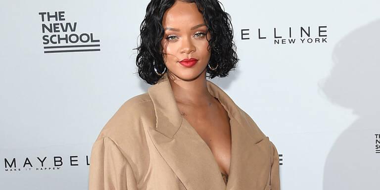 "Redakteur bezeichnete Rihanna als ""dick"""