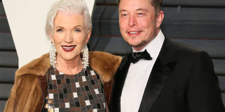 Wie Maye Musk Sohn Elon zum Erfolg brachte