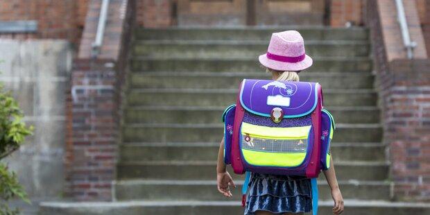 5-Jährige vor geschlossener Schule abgesetzt