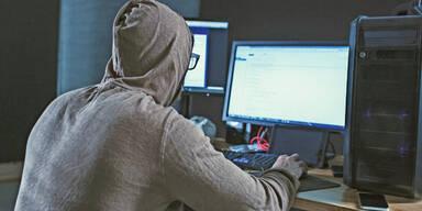 Kinderschänder Kinderpornos Facebook-Pädophiler Hacker