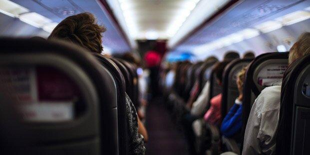 Flugzeug wegen Gewalttäter zwischengelandet