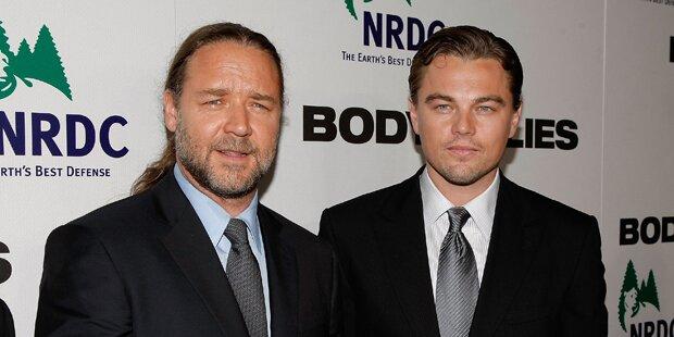 Betrunkener Russell Crowe kaufte DiCaprio Dino-Kopf ab