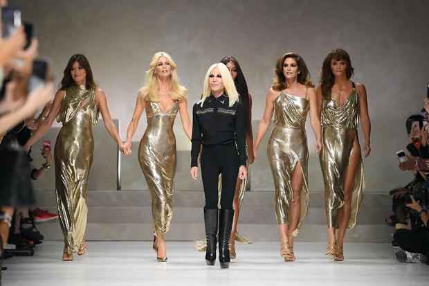 Versace - Runway - Milan Fashion Week