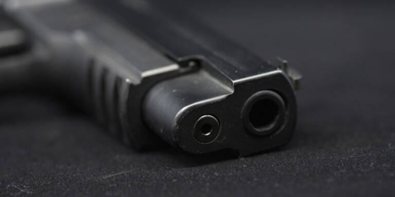 Leibwächter von britischem Außenminister ließ Waffe im Flugzeug