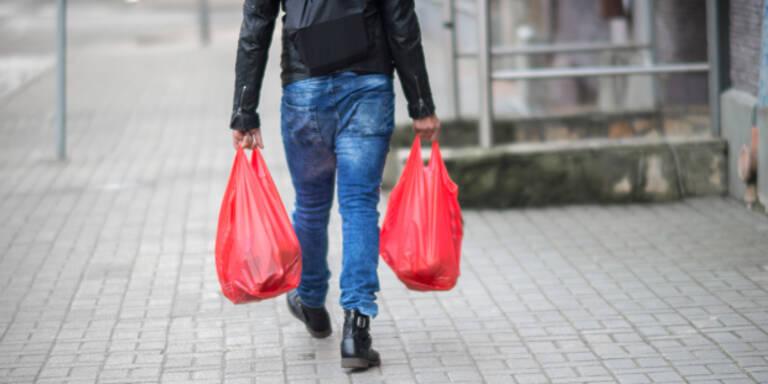 Plastiksackerlverbot mit Jahreswechsel in Kraft