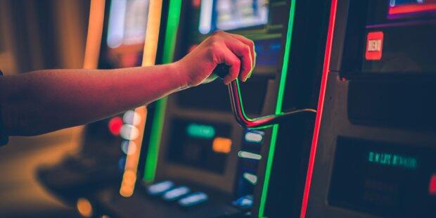 Glücksspiel-Razzia: 600 Automaten sichergestellt