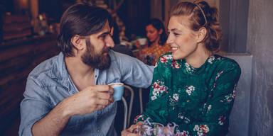 single bar love date