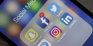 Facebook Instagram Twitter Social Media