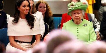 So kühl gratuliert die Queen Meghan zum Geburtstag