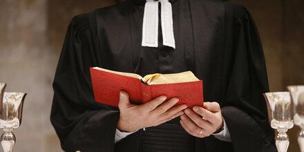 Pfarrer wehrt sich gegen Vorwürfe