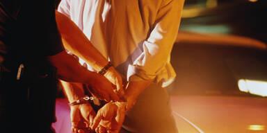 Verhaftung Handschellen Festnahme