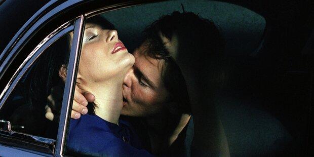 Paar stirbt bei Sex im Auto