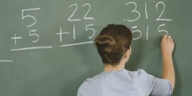 Krebskranke Lehrerin muss Vertretungskraft bezahlen