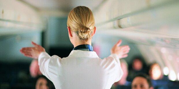 Stewardessen beim Sex im Flieger gefilmt