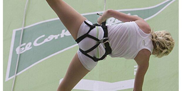 Vertikaler Laufsteg für Wäsche-Show