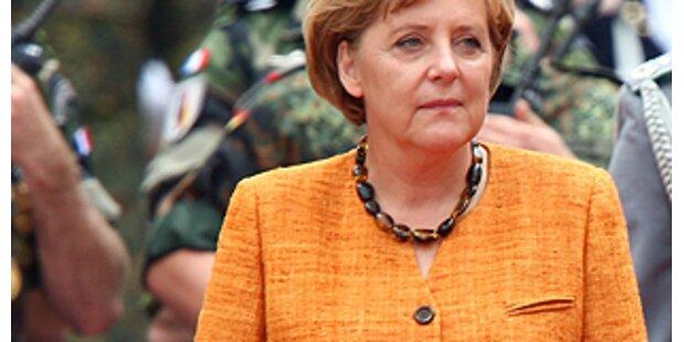 Wo ist Ihr Dekolletée, Frau Merkel?
